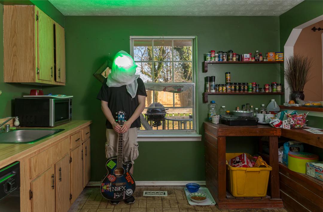 baltimore-photography-no-face-lamp-head-light-music-joe-segre-01