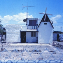 saltonsea-bombaybeach-photography-art-landscape-expiredfilm-joe-segre-sugar